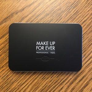 Makeup Forever Matte Velvet Skin Blurring Powder
